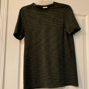 Underarmour dry fit shirt